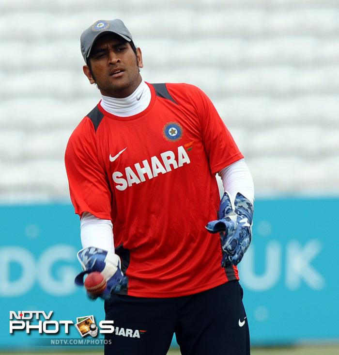 Skipper Mahendra Singh Dhoni will hope that the replacements fire and the regulars do not disappoint as Team India look to reverse the momentum in England. (AFP Photo)