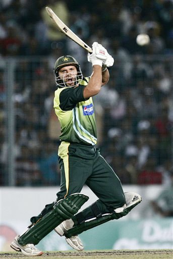 Pakistan's Shahid Afridi plays a shot against India during their ODI match in Dhaka, Bangladesh on June 10, 2008. (AP Photo)