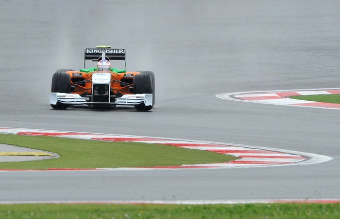 Force India's Scottish driver Paul di Resta jumped to 8th in the 2nd practice after coming in at 13th in the opening session of the Turkish Formula One Grand Prix. (AFP PHOTO)