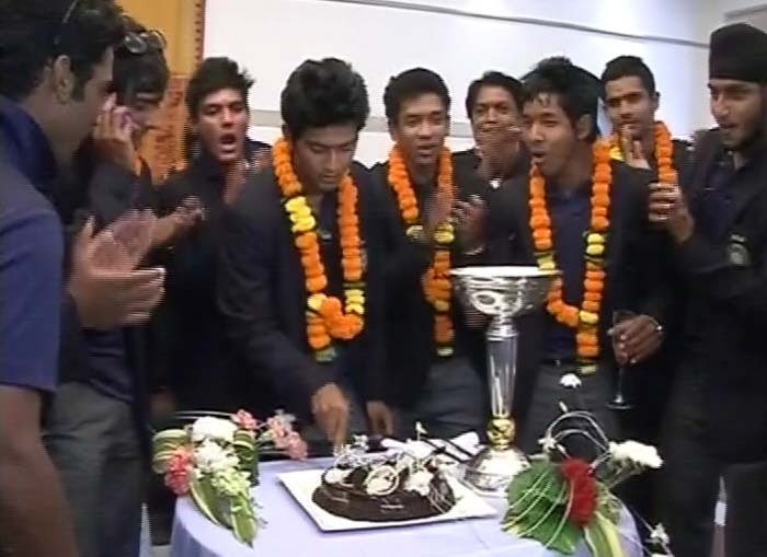The cake cutting ceremony at the hotel.
