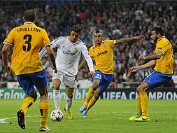Champions League: Ronaldo, Ibrahimovic inspire Madrid, PSG wins