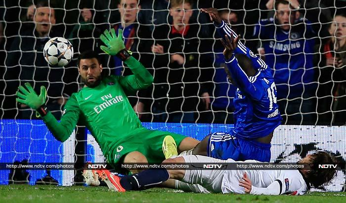 Demba Ba scored in the 87th minute to give Chelsea a last-gasp 2-0 win at home to Paris Saint-Germain that swept them into the Champions League semi-finals. (All AFP images)