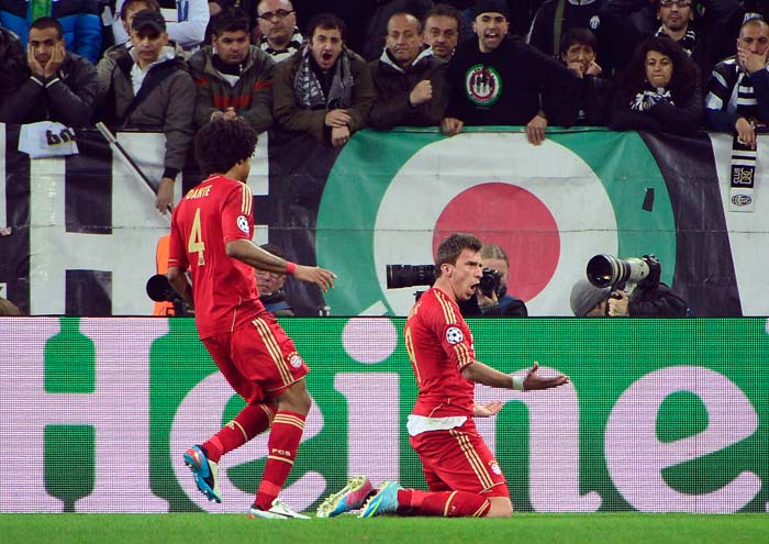 Mario Manduzic doubled the lead and that was the match for Bayern as they won 2-0.