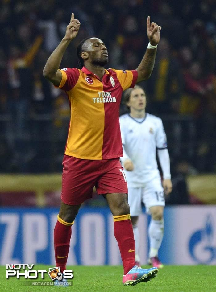 Didier Drogba added a third goal and it was Real Madrid who now needed to pull up their socks as the Turks were in no mood to let up.