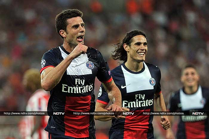 An utterly commanding second-half performance helped Paris Saint-Germain begin their Champions League campaign with a 4-1 win against Olympiakos in Greece on Tuesday. <br> Edinson Cavani had put the French champions ahead at the Georgios Karaiskakis Stadium with 19 minutes on the clock, but Olympiakos deservedly drew level six minutes later courtesy of a fine individual effort by Vladimir Weiss. <br> However, PSG upped their game after the restart and were rewarded for their efforts when Thiago Motta twice headed home from corners.