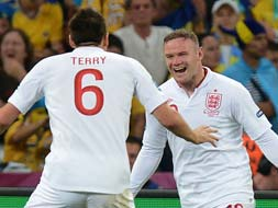 Euro 2012: Lucky England through, Ukraine exit