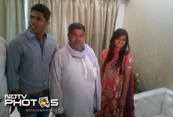 Umesh Yadav gets engaged to Tania Wadhwa at his Nagpur flat on Monday.