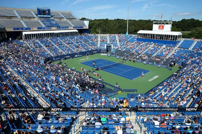 The US Open may well be the safest place to be if in the United States currently. With a slew of security measures put into place, authorities are leaving absolutely nothing to chance.<br><br>Fans though are being taught a lesson in patience and its virtues!<br><br> Images courtesy: AP