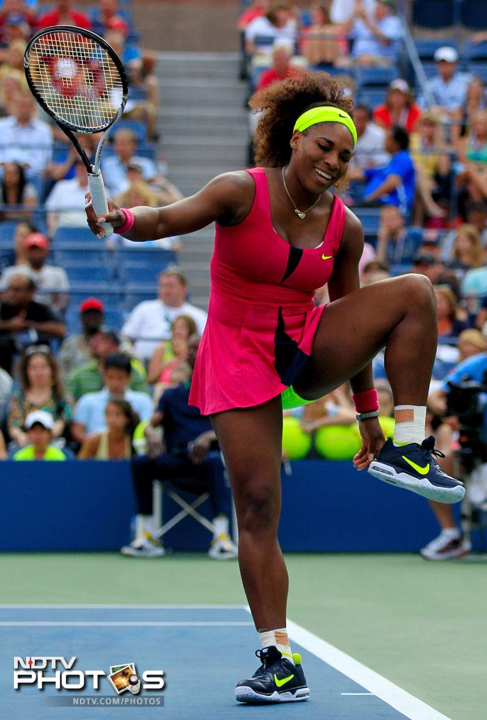 Venus's sister Serena Williams did not have any troubles though as she beat Maria Jose Martinez Sanchez of Spain in straight sets to advance.