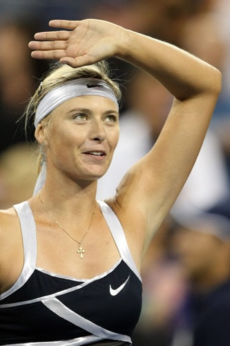 Maria Sharapova of Russia celebrates after defeating Tsvetana Pironkova of Bulgaria during day two of the 2009 US Open at the USTA Billie Jean King National Tennis Center on September 1, 2009. (AFP Photo)