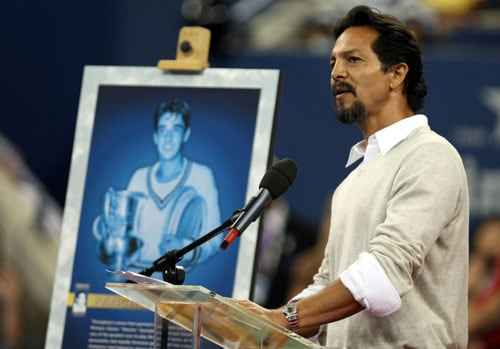 Actor Benjamin Bratt speaks on the center court of Arthur Ashe Stadium during day six of the 2009 US Open at the USTA Billie Jean King National Tennis Center in the Flushing neighborhood of the Queens borough of New York City. (AFP Photo)