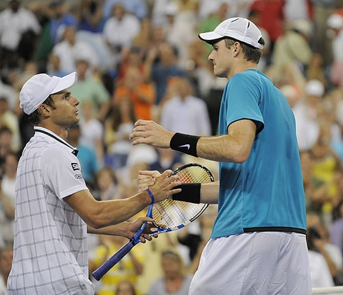 John Isner of the US after he defeats Andy Roddick of the US during their 3rd round US Open match at the USTA Billie Jean King National Tennis Center in New York. (AFP Photo)