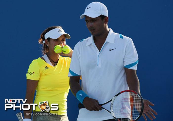 <b>Upset of the day: </b>With the singles losing out in the first round of the tournament, India's hopes rested on the doubles category. It wasn't to be for sixth Sania Mirza and Mahesh Bhupathi who lost to Lucie Hradecka and Frantisek Cermak in straight sets.