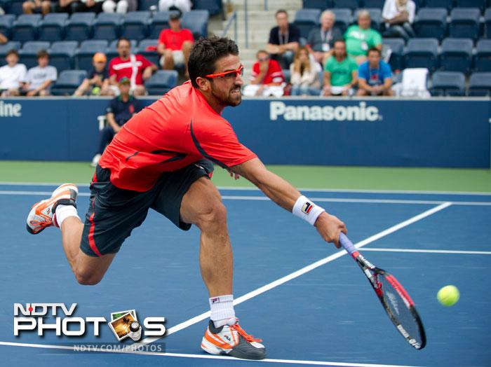 Janko Tipsarevic did not waste much time on Philipp Kohlschreiber winning in straight sets to take the match 6-3, 7-6, 6-2.