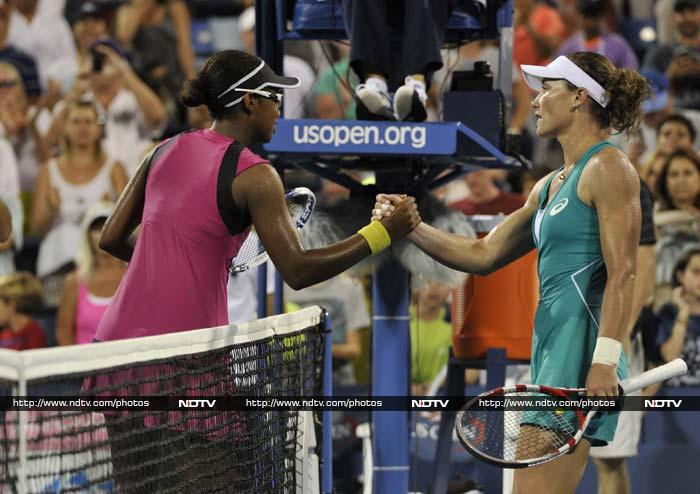 The shock of the day was the ouster of 2011 champion Sam Stosur, who was stunned 5-7, 6-4, 6-4 by American 17-year-old Victoria Duval.