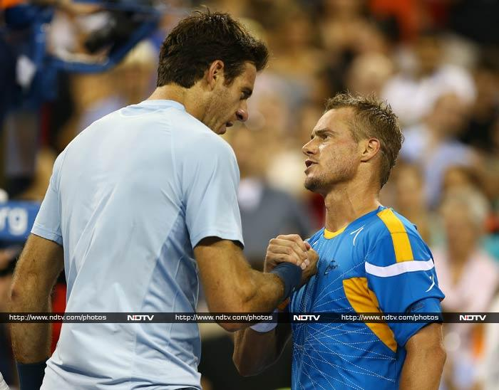 Lleyton Hewitt, the 2001 champion, knocked Argentine sixth seed and 2009 winner Juan Martin Del Potro out of the US Open on Friday in a stunning five-set upset. <br><br> Hewitt, 32 years old and down at 66 in the rankings after a lengthy battle with injuries, won 6-4, 5-7, 3-6, 7-6 (7/2), 6-1 in a trademark warrior-like performance that recalled his golden days when the Australian was number one in the world and collected the Wimbledon title.