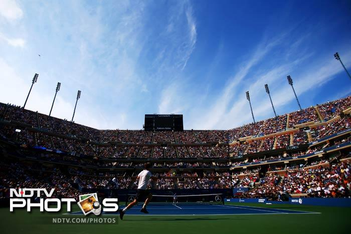 Murray will now face either Novak Djokovic or David Ferrer for the title though the final has been delayed by a day again. This is the fifth time that the US Open final has been pushed back to Monday.