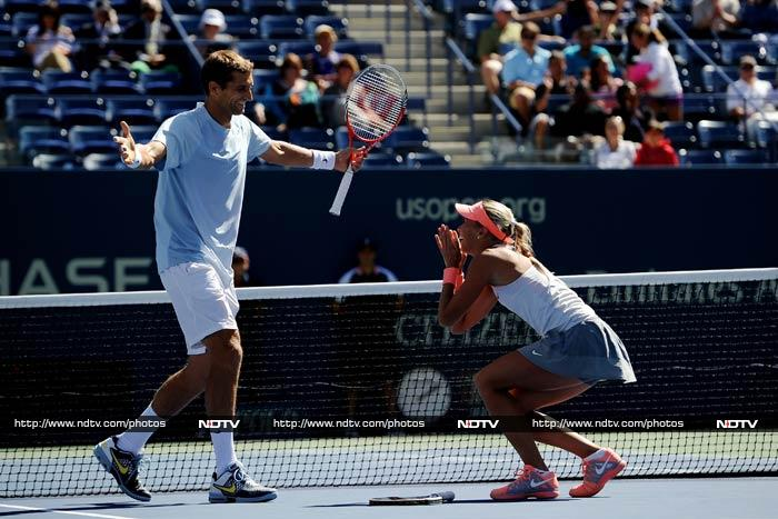 Before her women's doubles semi-finals, Andrea Hlavackova teamed up with Max Mirnyi to win mixed doubles crown. They beat Abigail Spears and Santiago Gonzalez 7-6 6-3 in the final.
