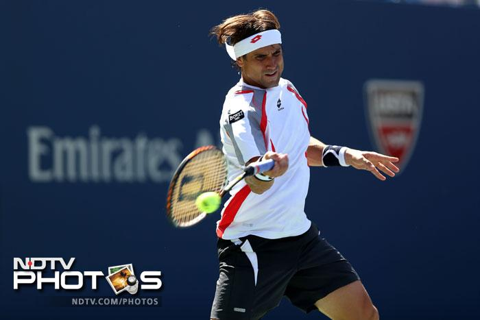 David Ferrer put pressure early on Djokovic as he took the first set 6-2.