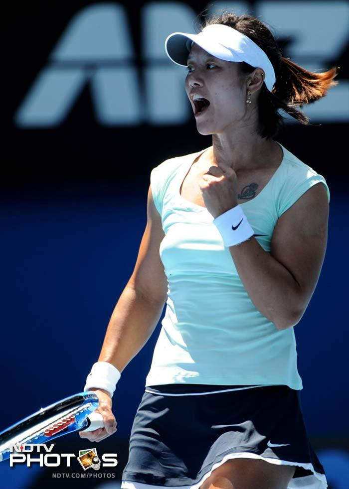 <b>World ranking:</b> 7 <b>Career Singles titles:</b> 5; <b>Grand Slam singles titles:</b> 1 <b>Best US Open result:</b> Quarter-finals (2009)<br><br> Became the first Chinese winner of a Grand Slam when she defeated Francesca Schiavone in the French Open final. That triumph in Paris came hot on the heels of her Australian Open final defeat against Kim Clijsters in January and she'll be keen to get back on track after a disappointing second-round loss at Wimbledon to eventual semi-finalist Sabine Lisicki of Germany.