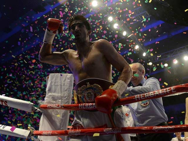 Vijender Makes History, Wins WBO Asia-Pacific Title