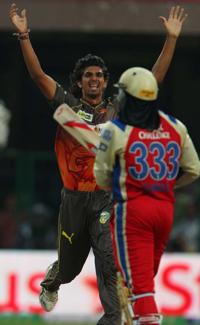 Chinnaswamy forecast Gayle-storm but Ishant Sharma of Hyderabad did not allow the prediction to come true. He removed Chris Gayle on 13.(BCCI Image)