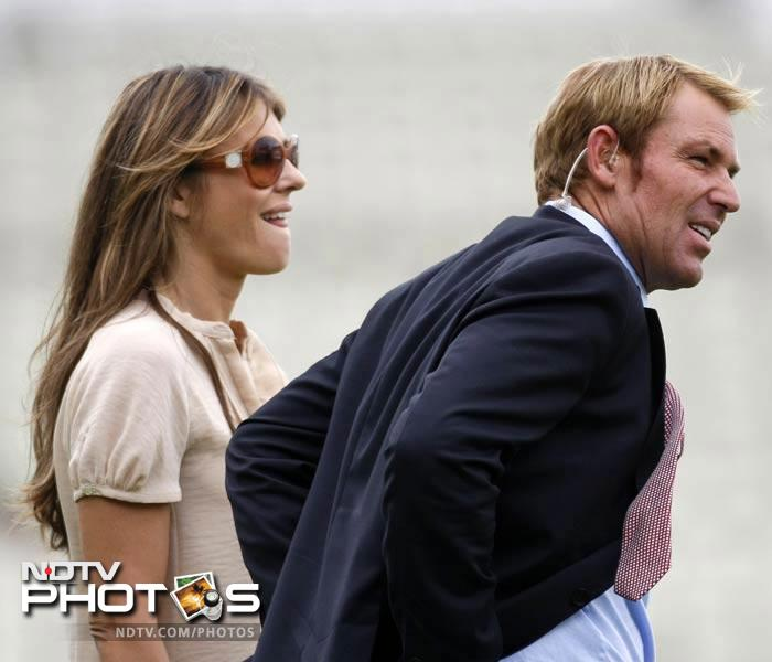 In July, 2010, Shane Warne and Liz Hurley met at an English racing event.