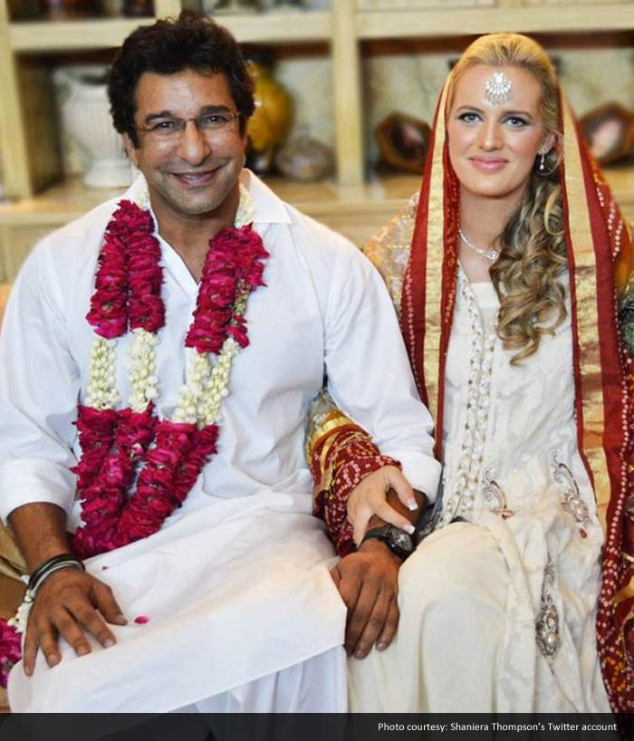 Legendary bowler Wasim Akram has married his girlfriend Shaniera Thompson in Pakistan. <br><br> The two knew each other for over two years and last month, Wasim proposed to her on bended knees.