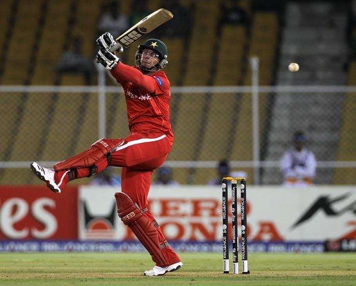 Charles Coventry attempts to pull during the 2011 ICC World Cup Group A match between Australia and Zimbabwe at Sardar Patel Stadium in Ahmedabad. (Getty Images)