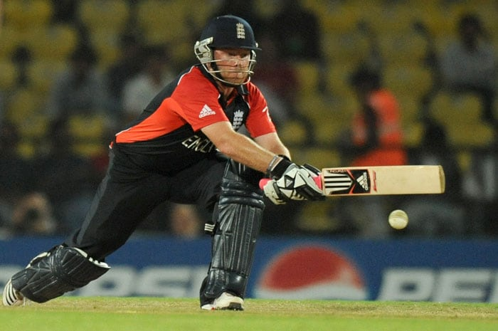 Ian Bell plays a shot during the ICC Cricket World Cup 2011 match between England and Netherlands at the Vidarbha Cricket Association Stadium in Nagpur. (AFP Photo)