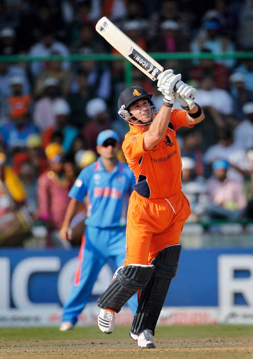 Ryan ten Doeschate bats during the ICC Cricket World Cup Group B match between India and the Netherlands at Feroz Shah Kotla Stadium in New Delhi, India. (Getty Images)