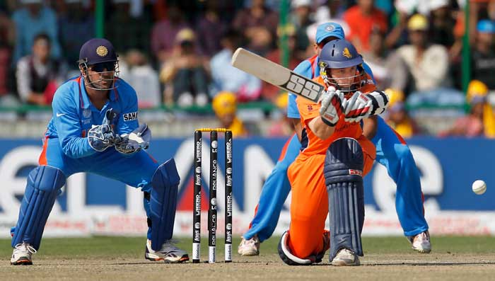 MS Dhoni keeps wicket while Wesley Barresi bats during the ICC Cricket World Cup Group B match between India and the Netherlands at Feroz Shah Kotla Stadium in New Delhi. (Getty Images)