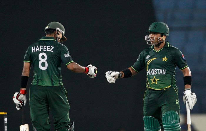Mohammad Hafeez and Kamran Akmal batting against the West Indies during the first ICC World Cup quarter-final at the Sher-e-Bangla National Stadium in Dhaka. (Getty Images)