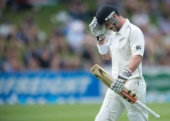 New Zealand were off to a shoddy start after India won the toss and inserted the hosts on a greenish track in Wellington. Hamish Rutherford could not wipe away his poor form and was the first to be dismissed by Ishant Sharma.