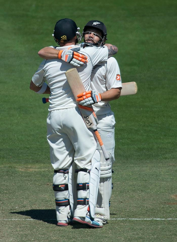 The two batsmen etched their names in the cricket record books as McCullum and Watling broke the world record (352) for highest 6th-wicket partnership held previously by Mahela Jayawardene and Prasanna Jayawardene (351) vs India in 2010.