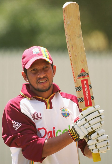 <b>RAMNARESH SARWAN</b><br><br> <b>Age: </b>30.<br><b>Role: </b>Right-hand batsman, Leg-break bowler<br> <b>Stats: </b>ODIs 159, Runs 5,245, Highest 115 not out, Average 44.07, Strike-Rate 77.24, Centuries 4, Fifties 35, Catches 43, Wickets 16, Best bowling 3-31, Average 36.62, Economy Rate 6.05<br><br> Former skipper, recalled for the World Cup, rock-solid batsman Sarwan loves Indian conditions having hit five fifties with an average of over 57 in the country.(Photo: Getty Images)