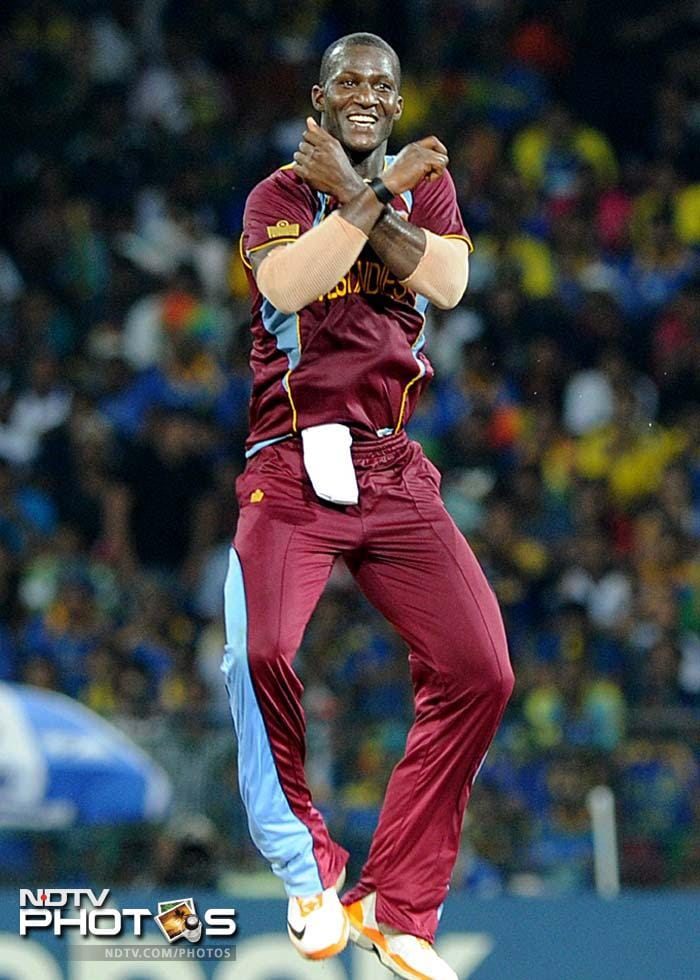 Leading from the front was their skipper -Darren Sammy. The all-rounder did the Gangnam like there was no tomorrow!