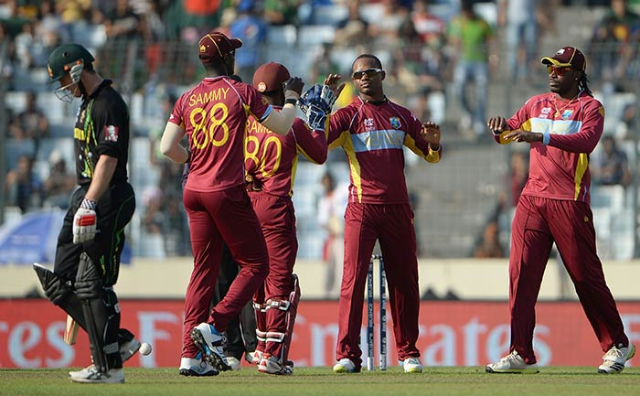 Marlon Samuels also chipped in with figures of 2/20