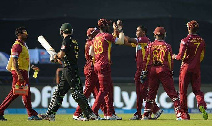 The slow wicket at Mirpur continued to assist the spinners. Samuel Badree finished with figures of 2/37