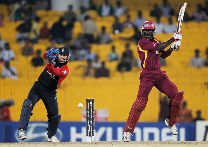 Sammy made the most of his promotion in the batting order as he slammed 41 off 29 balls, including 3 sixes, coming in at No. 3. (Getty Images)