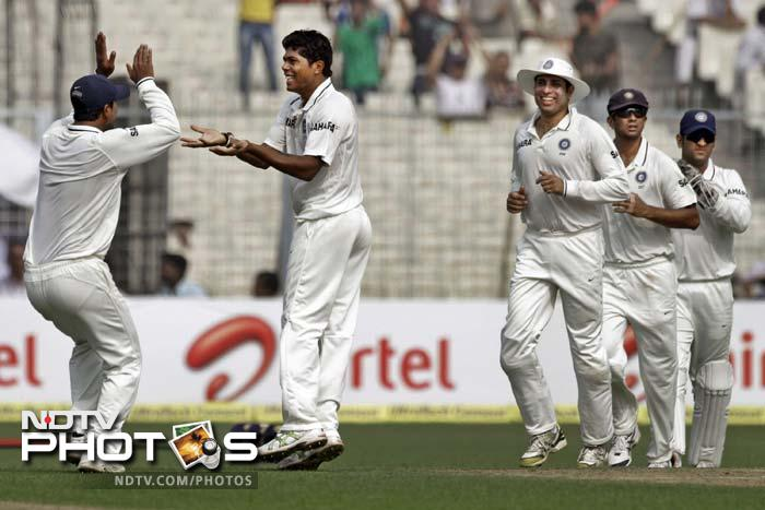 Pacer Umesh Yadav, who picked up 3 wickets in the first innings, also gave India its first breakthrough in the second when Kraigg Brathwaite edged a delivery to wicketkeeper MS Dhoni.