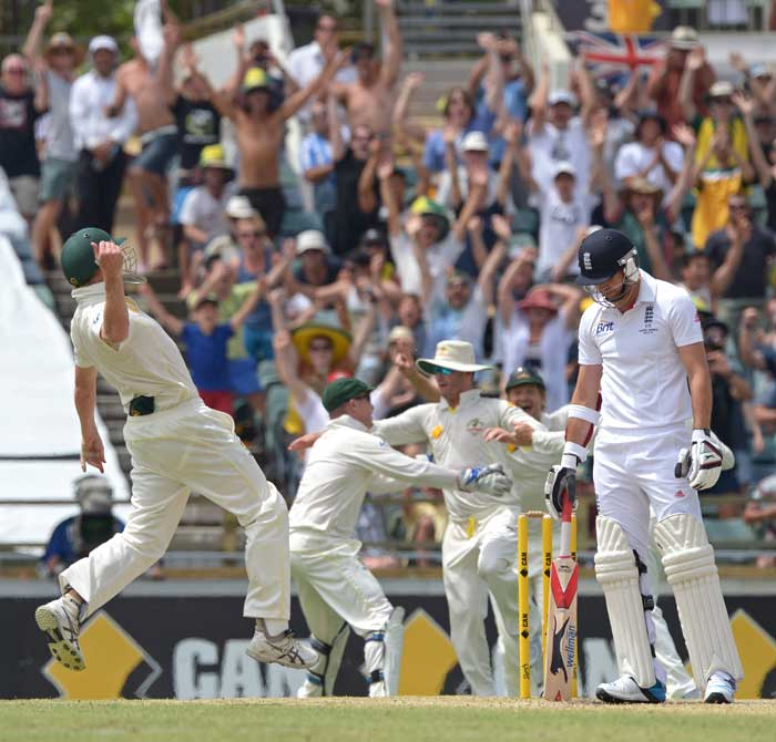 The final wicket of the 3rd Test (James Anderson) sparked wild celebrations from the Aussies. They had taken an unassailable 3-0 lead in the series and reclaimed the urn.