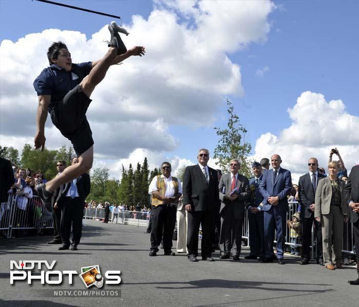 The two viewed a demonstration of Dene games and Arctic sports at the Somba K'e Civic Plaza.