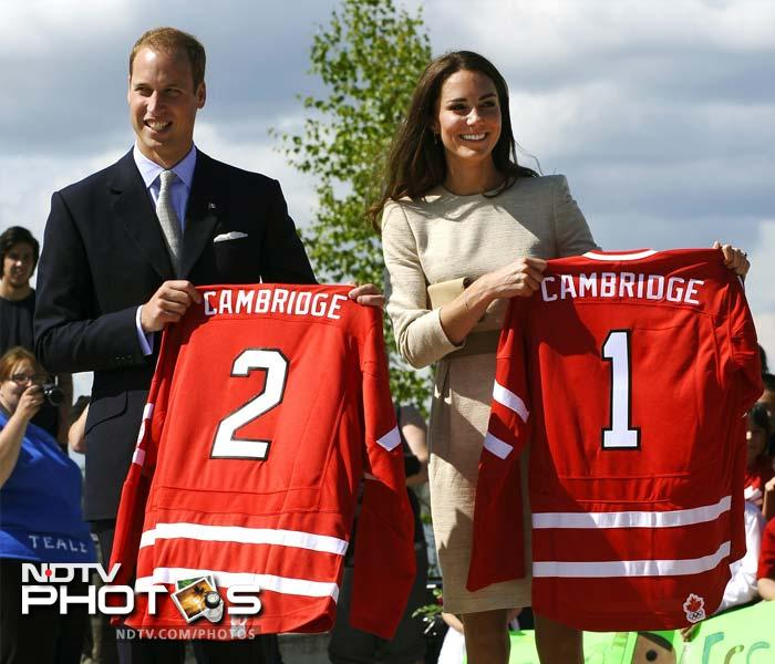Ice hockey is one of the favourite sports played in Canada. On a trip to country, Prince William and his wife Kate Middleton found out exactly why as they too could not resist trying their luck in the sport. (All images courtesy AFP)