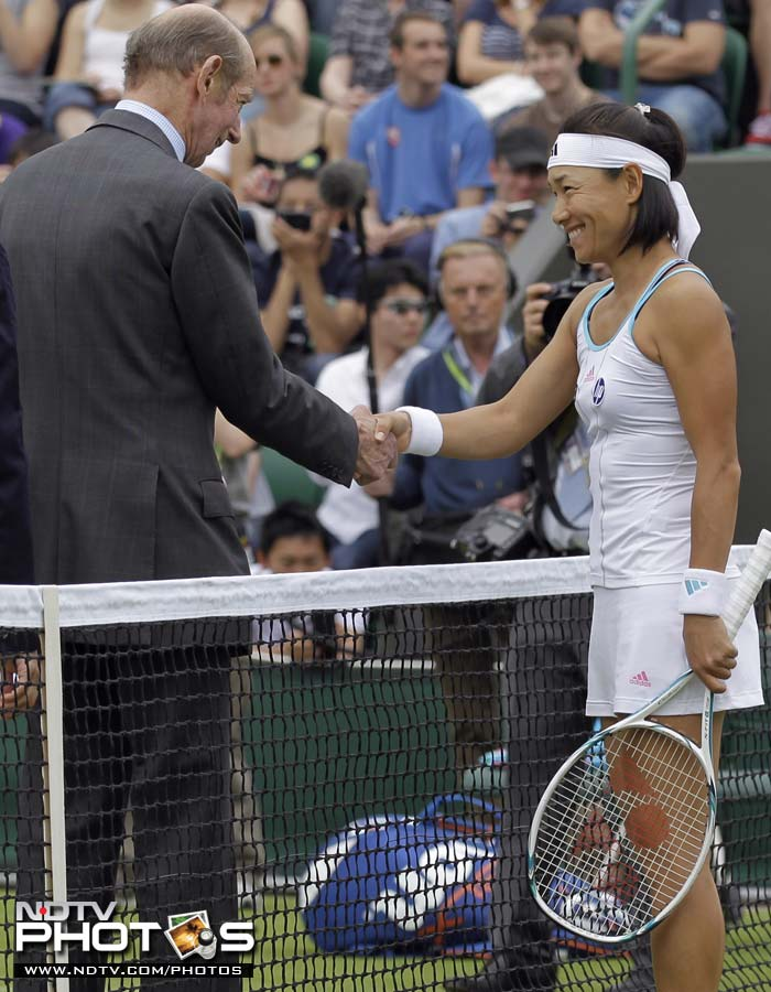 Kimiko Date-Krumm had no trouble as she defeated Katie O'Brian in straight sets to move ahead.
