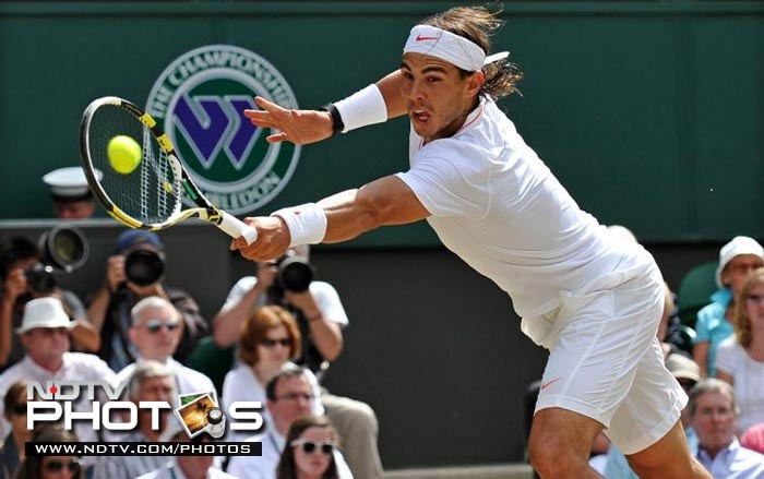 Having clinched a sixth French Open to equal Bjorn Borg's record, Nadal takes aim at a third Wimbledon title in four years. Despite the win at Roland Garros, Rafa's No.1 ranking is under threat from Novak Djokovic, who only needs to make it to the final to takeover the top spot. Nadal hasn't been upto his best but it was enough to win the French Open but will it also be enough to triumph at All England? He has won 46 career titles along with $41,745,602 in prize money.<br><br> Nadal's best finish here has been as the champion in 2008 and 2010.