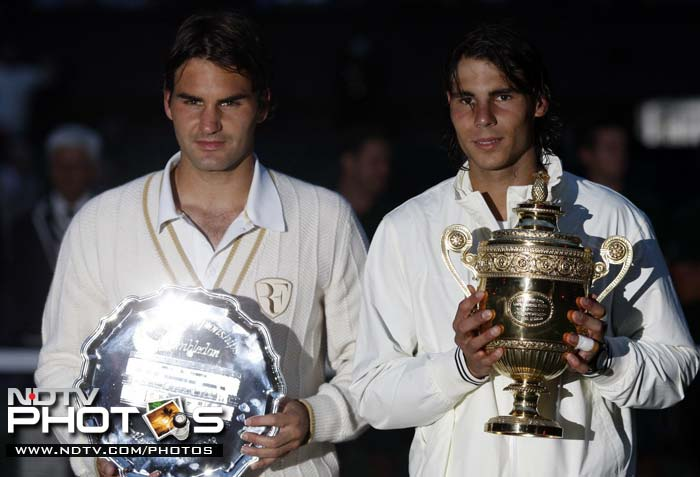 <b>Longest match:</b> It was a historic match between the two best players of the world. Spain's Rafael Nadal broke Federer's Wimbledon-winning run in 2008 and also dethroned him from the top spot. The final between the two legends lasted for 4 hours 48 minutes. However, the longest match to be played at the Wimbledon was between American John Isner and French Nicolas Mahut in 2010 that lasted for 11hrs 5mins in the first round match.
