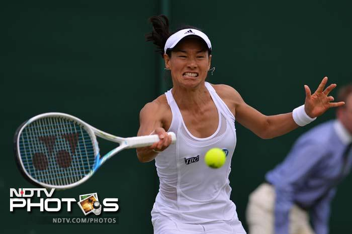 Kimiko Date-Krumm set up a showdown with defending champion Serena Williams as the Japanese veteran defeated Romania's Alexandra Cadantu 6-4, 7-5 on Thursday to become the oldest woman to reach the third round at Wimbledon in the Open Era.
