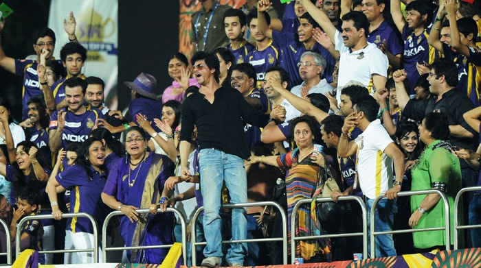 Kolkata are the buzz word as Shah Rukh's boys overcome Chennai. Here's a look at what the celebs had to say after their victory.