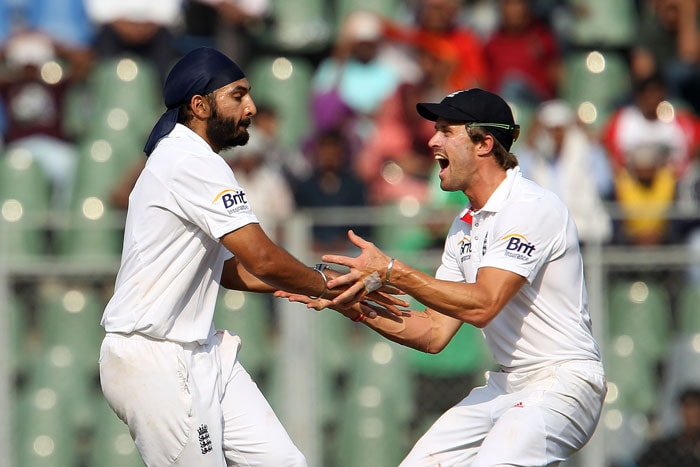 India collapsed as none of their bastmen seemed to read the combination of Monty Panesar and Graeme Swann. Only Gautam Gambhir stood tall with an unbeaten 53 as even Sachin Tendulkar failed infront of his home crowd falling to Panesar for just 8. (BCCI Photo)